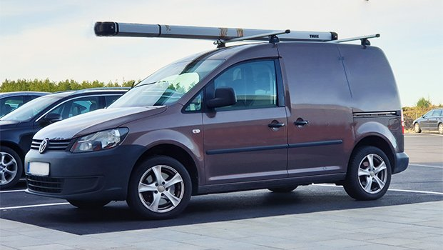 vw caddy med thule takstativ